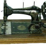 sewing-machine-83105_640